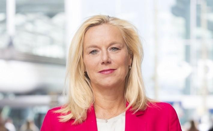 Afganistan'dan başarısız tahliyeler nedeniyle Hollanda Dışişleri Bakanı Kaag istifa etti