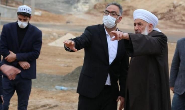 AKP'li Başkan temeli 'şeyh' ile attı! CHP'li Tanal: 'Şeyh hazretleri milli yüzücü mü?'