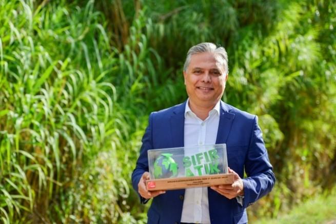 CHP'li belediye başkanı Ümit Uysal'a bir ödül daha