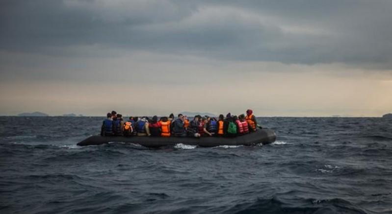 Ege'de sığınmacıları taşıyan tekne battı